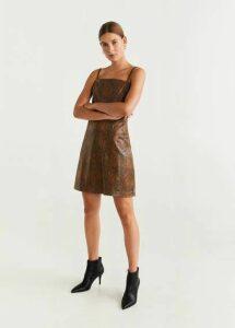 Squared neckline dress