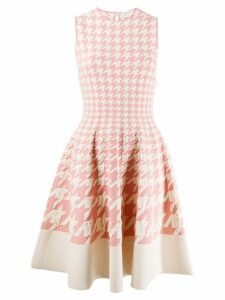 Alexander McQueen houndstooth print pleated dress - White