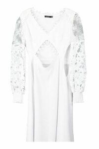 Womens Pom Pom Trim Mixed Lace Midi Dress - white - 14, White