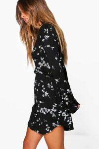 Womens Petite Printed Flute Sleeve Wrap Dress - multi - 8, Multi