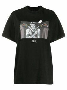 Throwback. 2001 Lara Croft T-shirt - Black