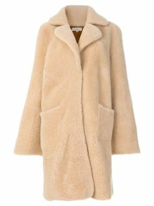 Natasha Zinko shearling bunny motif coat - Neutrals