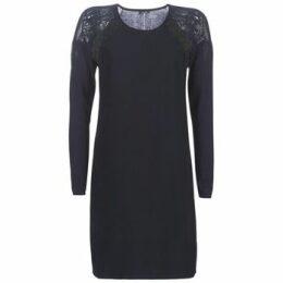 One Step  RANNI  women's Dress in Blue