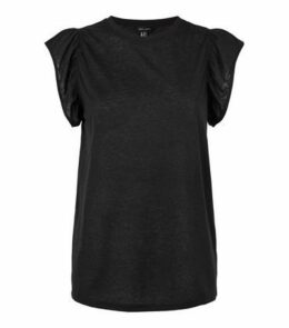 Black Frill Sleeve T-Shirt New Look