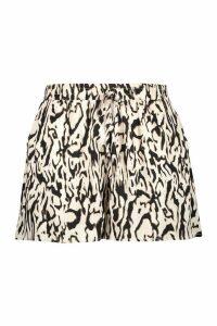 Womens Plus Woven Leopard Runner Short - brown - 20, Brown
