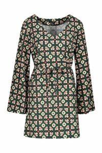Womens Oversized Geo Print Belted Shift Dress - green - 8, Green