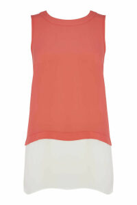 Contrast Layered Top