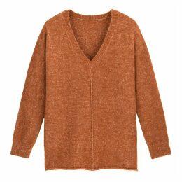 V-Neck Jumper in Textured Knit