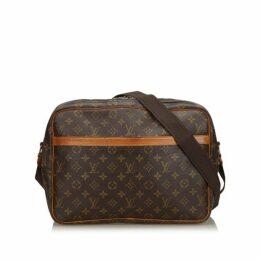 Louis Vuitton Brown Monogram Reporter Gm