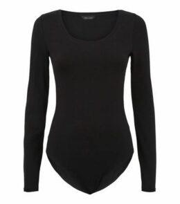 Black Scoop Neck Long Sleeve Bodysuit New Look