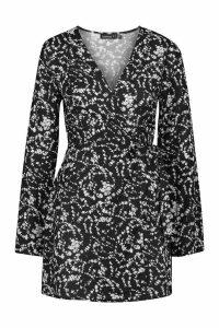 Womens Petite Long Sleeve Woven Floral Print Wrap Dress - black - 14, Black