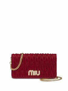 Miu Miu matelassé mini clutch bag - Red