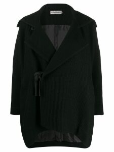 Issey Miyake side-tie pleated jacket - Black