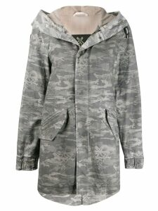 Mr & Mrs Italy camouflage print parka - Grey