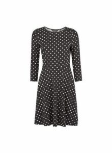 Womens Black And White Spot 3/4 Sleeve Fit And Flare Dress, Black
