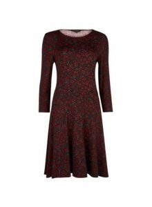 Womens Red Ditsy Print 3/4 Sleeve Fit And Flare Dress- Red, Red