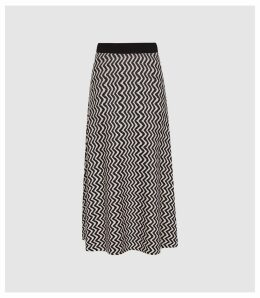 Reiss Gabriella - Knitted Zig Zag Midi Skirt in Black & White, Womens, Size XXL