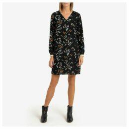 Leaf Print Shift Dress with V-Neck