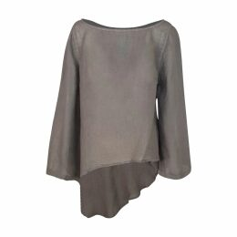 Staples Stable - Esquire Top