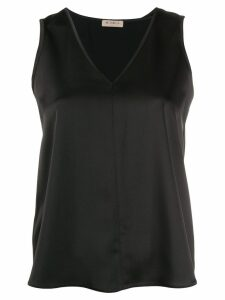 Blanca V-neck blouse - Black
