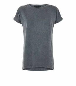 Dark Grey Acid Wash Stud Longline T-Shirt New Look
