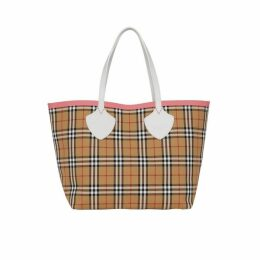Burberry The Giant Reversible Tote In Vintage Check