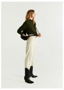 Long raglan sleeve sweater