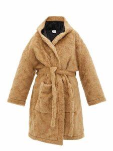 Vetements - Anarchy Faux Fur Teddy Coat - Womens - Beige