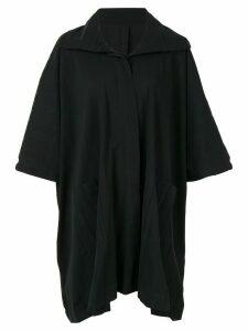 Issey Miyake Cauliflower wide pleated boxy poncho coat - Black