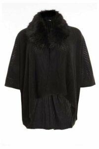 Quiz Curve Black Faux Fur Knit Cape