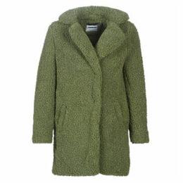 Noisy May  NMGABI  women's Coat in Green