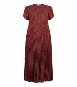 Curves Red Leopard Print Pleated Midi Dress New Look