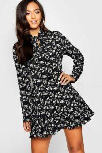 Womens Petite Woven Tie Neck Floral Tea Dress - black - 12, Black