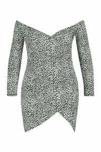 Womens Plus Off The Shoulder Snow Leopard Wrap Dress - white - 26, White