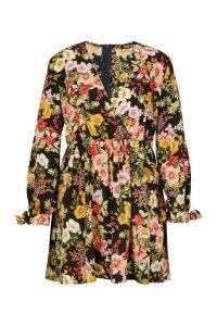 Womens Plus Floral Long Sleeve Skater Dress - black - 20, Black
