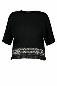 Womens Plus Crochet Tassel Beach T-Shirt - black - 20, Black