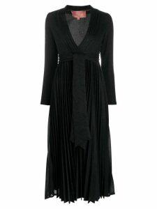 Amuse V-neck pleated dress - Black