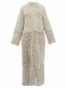 Raey - Collarless Curly Shearling Maxi Coat - Womens - Grey
