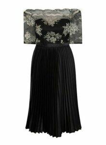 Womens *Chi Chi London Curve Black Embroidered Midi Dress, Black