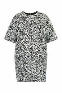 Womens Plus Leopard Drop Shoulder T-shirt Dress - black - 24, Black