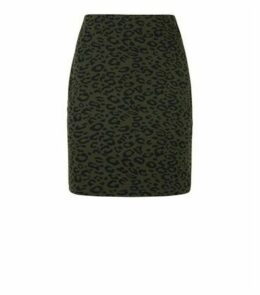 Khaki Leopard Print Tube Skirt New Look