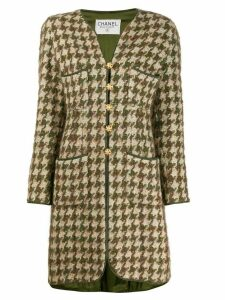 Chanel Pre-Owned 1990s houndstooth knee-length coat - Neutrals
