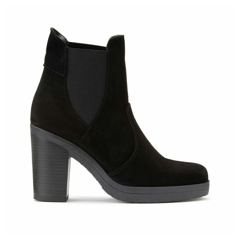 Theresa Tg Bootie Heeled Suede Boots